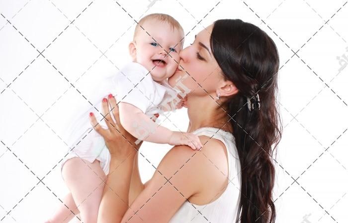 فواید شگفت انگیز بوسیدن کودک